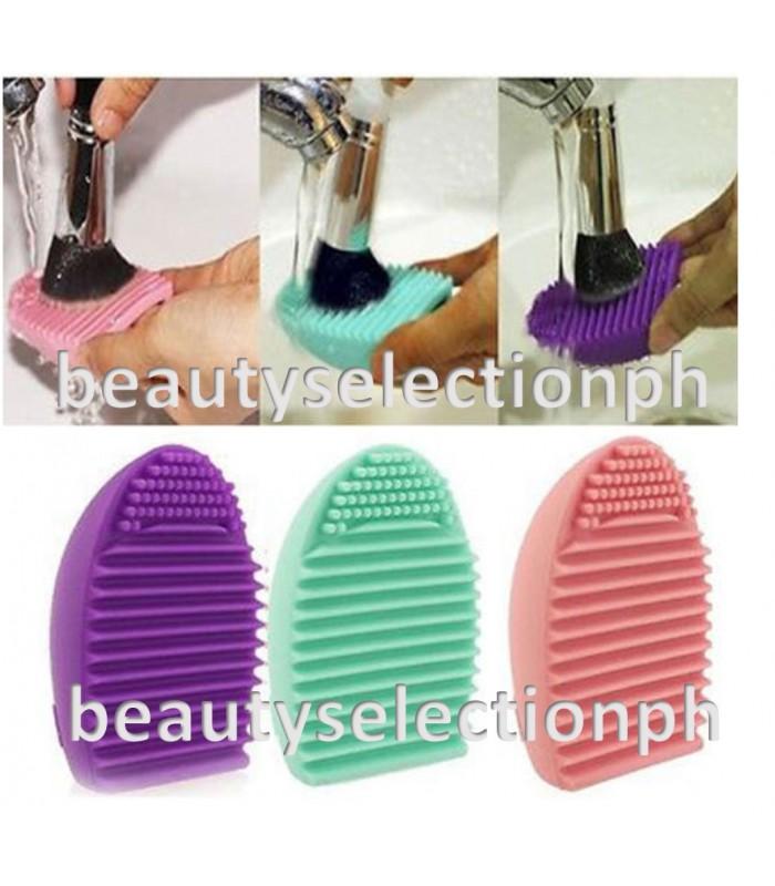 BrushEgg Silicone Brush Cleaning Aid